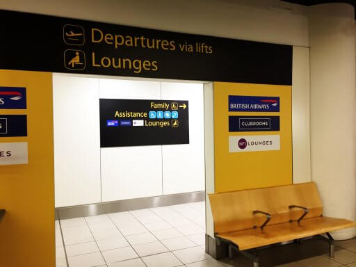 The British Airways Club Lounge at Gatwick airport is on Level 5 of the South Terminal. You can access it via this lift immediately after security or, continue down the escalator if you want to wander around the shops and terminal.