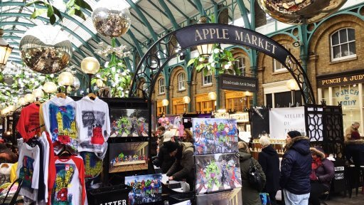 Head to Covent Garden's market hall to see the 40 mistletoe chandeliers, 700 glistening berries and 320 metres of garland featuring 100,000 pea lights. The famous Covent Garden Piazza will be home to London's biggest hand-picked Christmas tree.