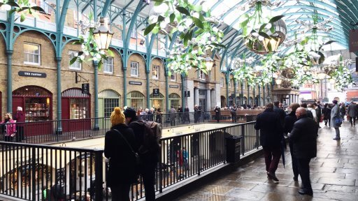 Covent Garden's cobbled piazza and market buildings are especially irresistible at this time of year. The Christmas decorations bring back a mistletoe theme for 2017, with over 40 mistletoe chandeliers hanging over the area's streets and in the pretty market buildings