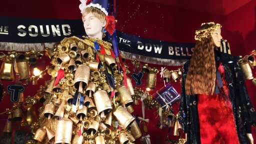 Twenty-seven beautiful parade flags feature in Selfridges' windows, with messages that show their love of London and partying in it! 850 metres of velvet give the Christmas windows a lush, lavish & wonderfully festive feel.