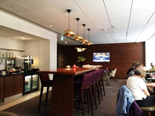 The lounge at the Doubletree by Hilton, Tower of London is fairly small.