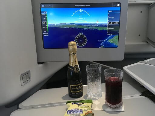 Pre-meal drinks and snacks on our Finnair A350 Business Class flight to Helsinki