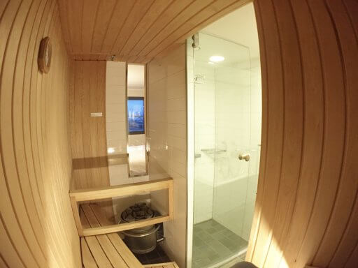 Okay, so the sauna was not huge, but was just the right size for two people. Having been upgraded to a room that had a sauna, it would have been rude no to try it out.