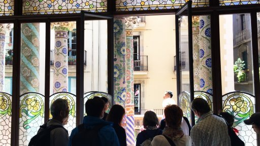 Much of the decoration of The Palau features flowers and plants. There is also a lavish use of brightly coloured mosaic. From Sala Lluís Millet we stepped out on to the balcony...