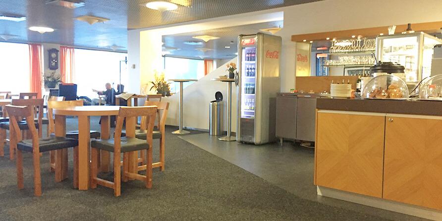Tallinn Airport Business Lounge: a little gem with runway views and an outdoor terrace