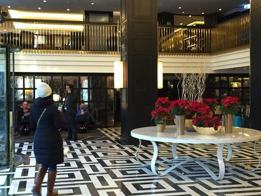 The lobby at the Hilton Vienna Plaza